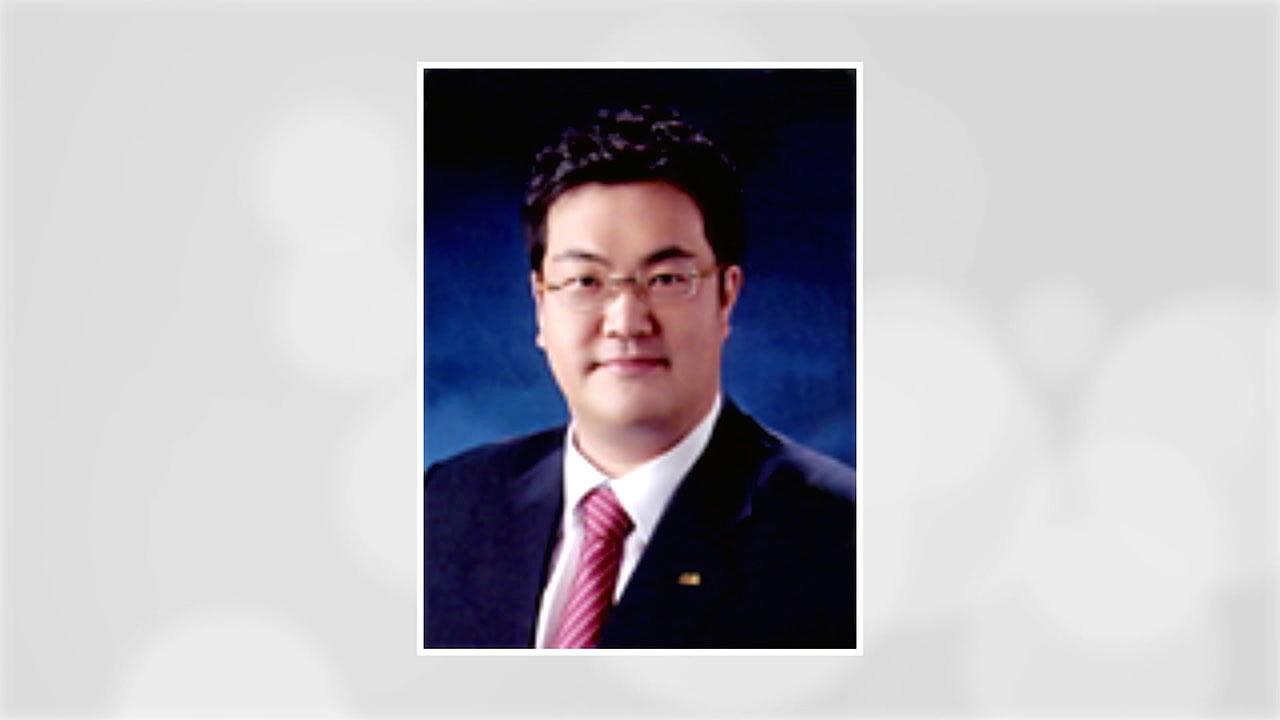 민주당, 문희상 의장 아들 문석균에 불출마 요구