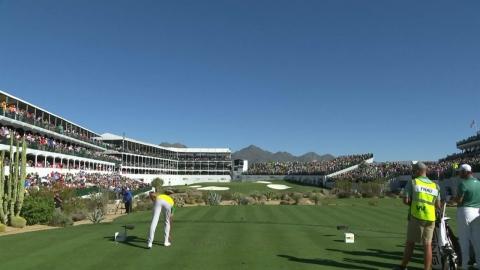 PGA 피닉스 오픈. 최종일 16번홀에서 코비 추모