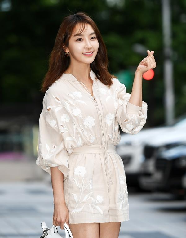 """정유미, 강타 열애 인정 후 심경 고백 """"어렵고 두렵지만…"""""""