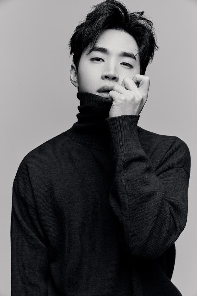 헨리, 12일 새 싱글 '너만 생각해' 공개…팬 위한 선물