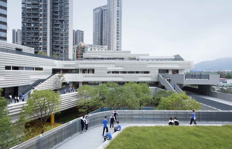 〔안정원의 건축 칼럼〕급격히 변화하는 수직적 도시와 대비되는 낮고 짜임새 있는 캠퍼스 3