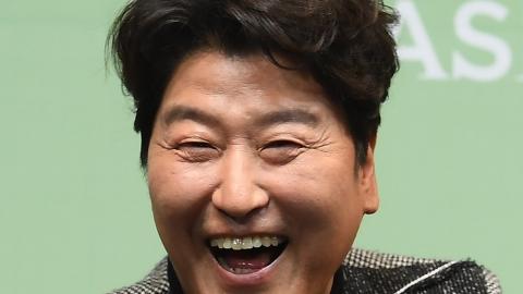"""[Y현장] 송강호 """"해외 진출? 국내에서라도 일했으면"""" 너스레"""
