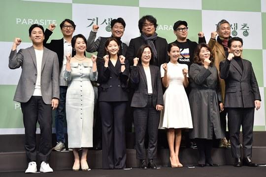 """[Y현장] 봉준호 감독 """"영화사적 사건, '기생충' 자체로 기억되길"""" (종합)"""
