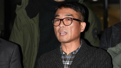 """경찰 """"김건모 성폭행 의혹, 조만간 수사 마무리"""""""