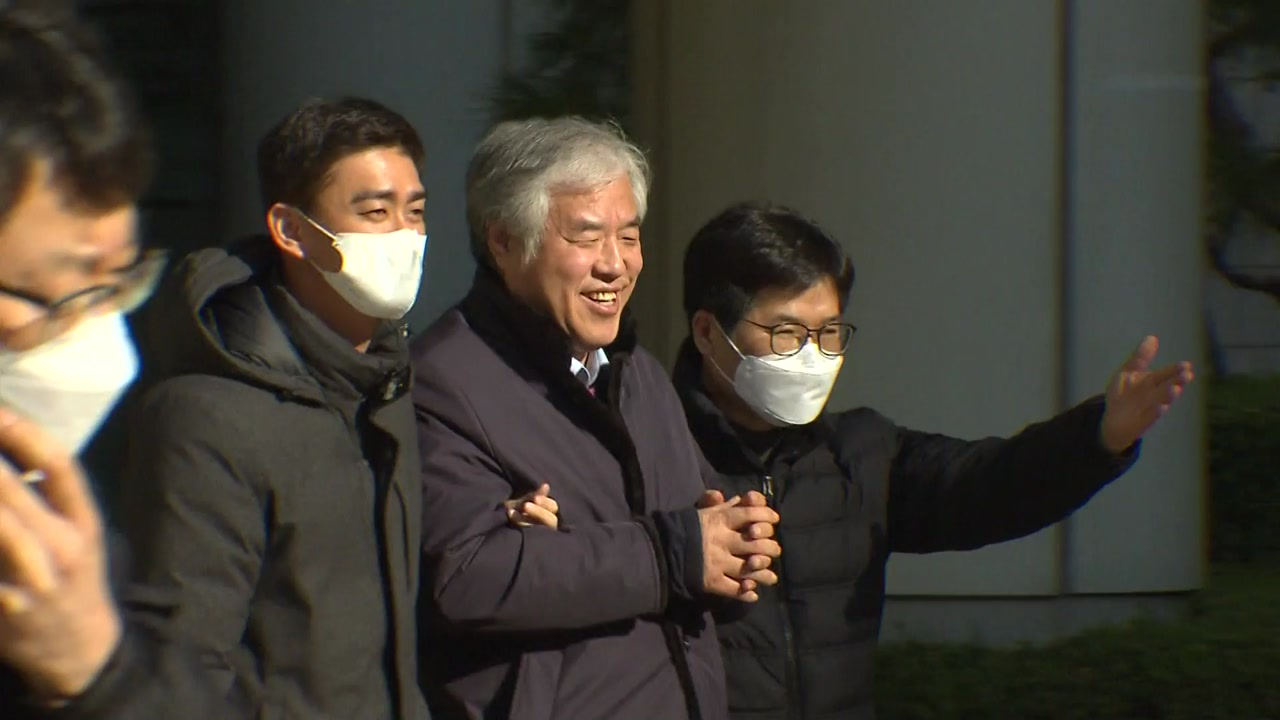 [속보] 법원, '선거법 위반 혐의' 전광훈 목사 구속적부심 기각