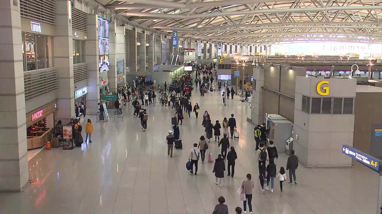 日 입국제한에 항공·여행 '엎친 데 덮쳤다'...산업계 시름