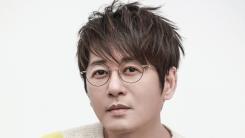 황제의 귀환…신승훈, 4월 8일 30주년 기념 앨범 'My Personas' 발표