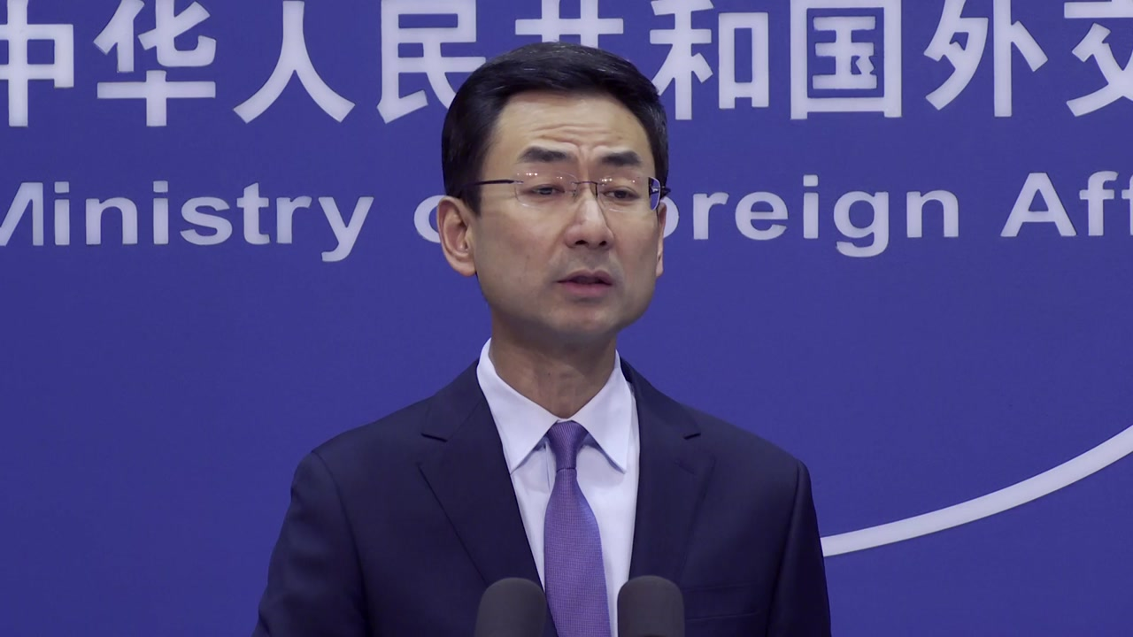 해외 확산세에 놀란 중국, 양회 열려고 입국 금지 '빗장'