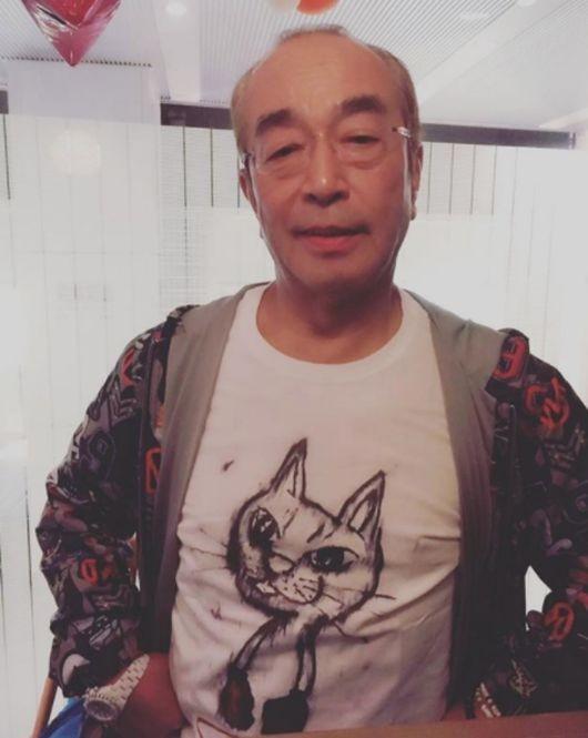 日 국민개그맨 시무라 켄, 코로나19로 사망