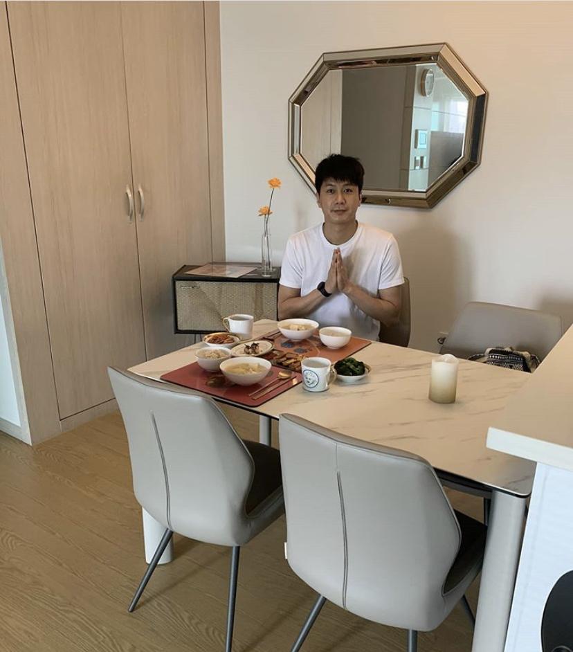"""김승현 """"내조의 여왕 ♥장작가""""...깨볶는 신혼 일상 공개"""