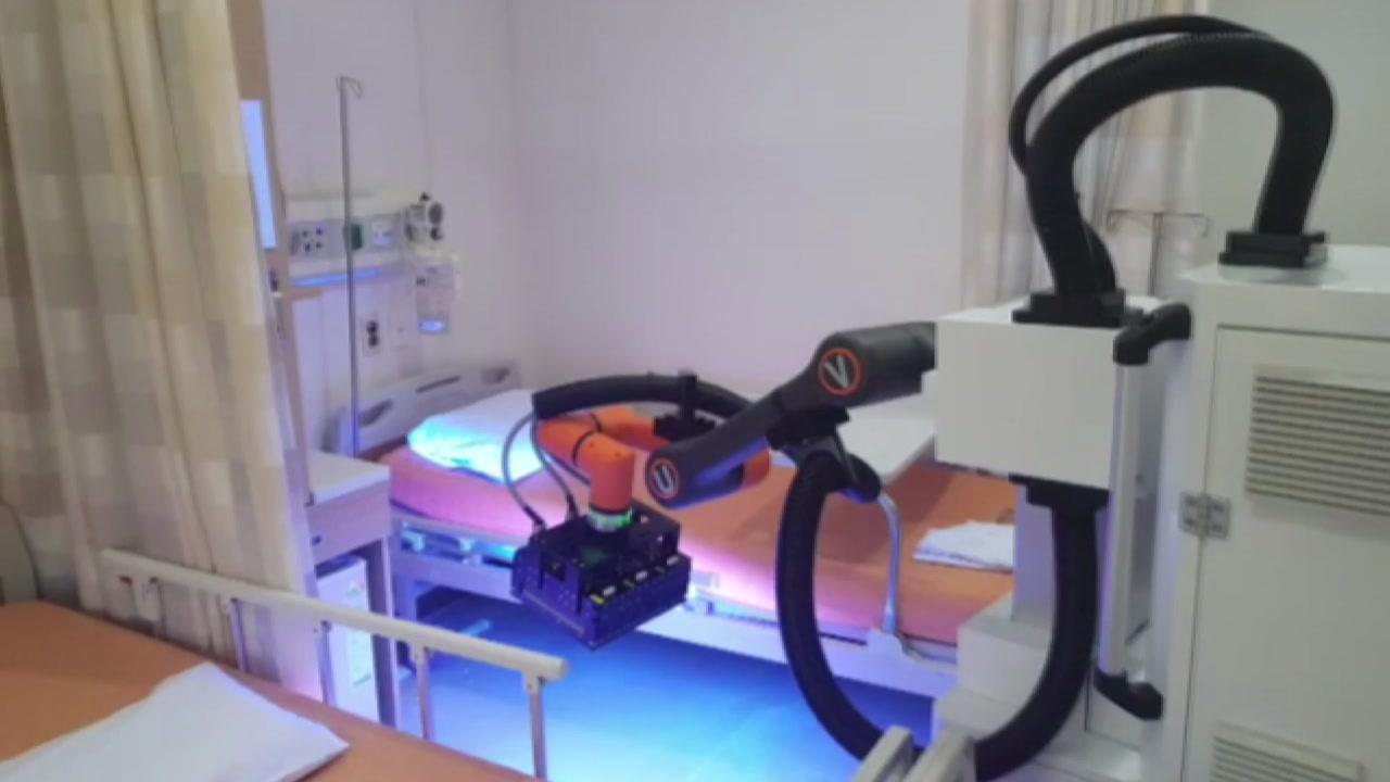 환자복 운송에 살균까지...코로나19 극복 앞장 의료용 로봇