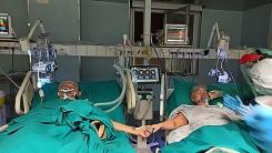 코로나19로 중환자실서 결혼 50주년 맞은 이탈리아 노부부