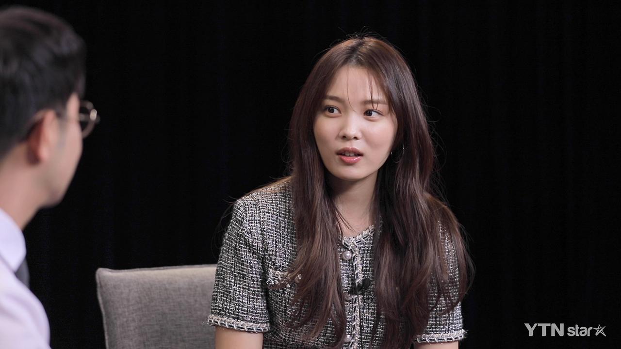"""윤소희 """"'요즘책방' 나를 위한 프로, 시즌2 꼭 하고 싶어""""_이미지"""