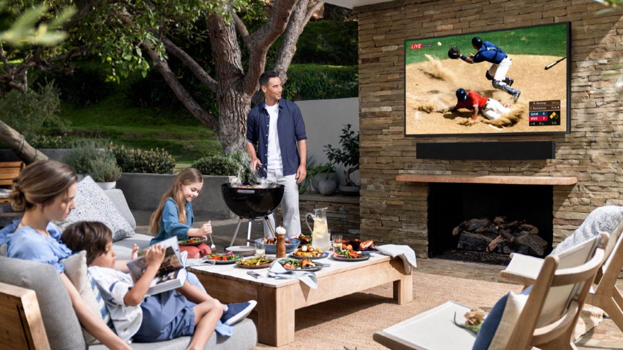 [기업] 삼성전자, 야외에서 사용하는 '더 테라스' TV 美에서 첫선