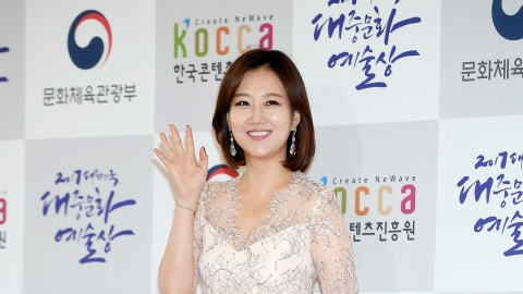 장윤정, 男트로트 그룹 프로듀서 된다...'최애엔터테인먼트' 합류(공식)