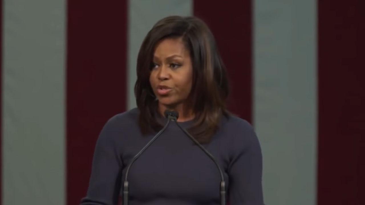 """미셸 오바마, 조지 플로이드 사건에 """"차별이 계속되고 있다"""""""