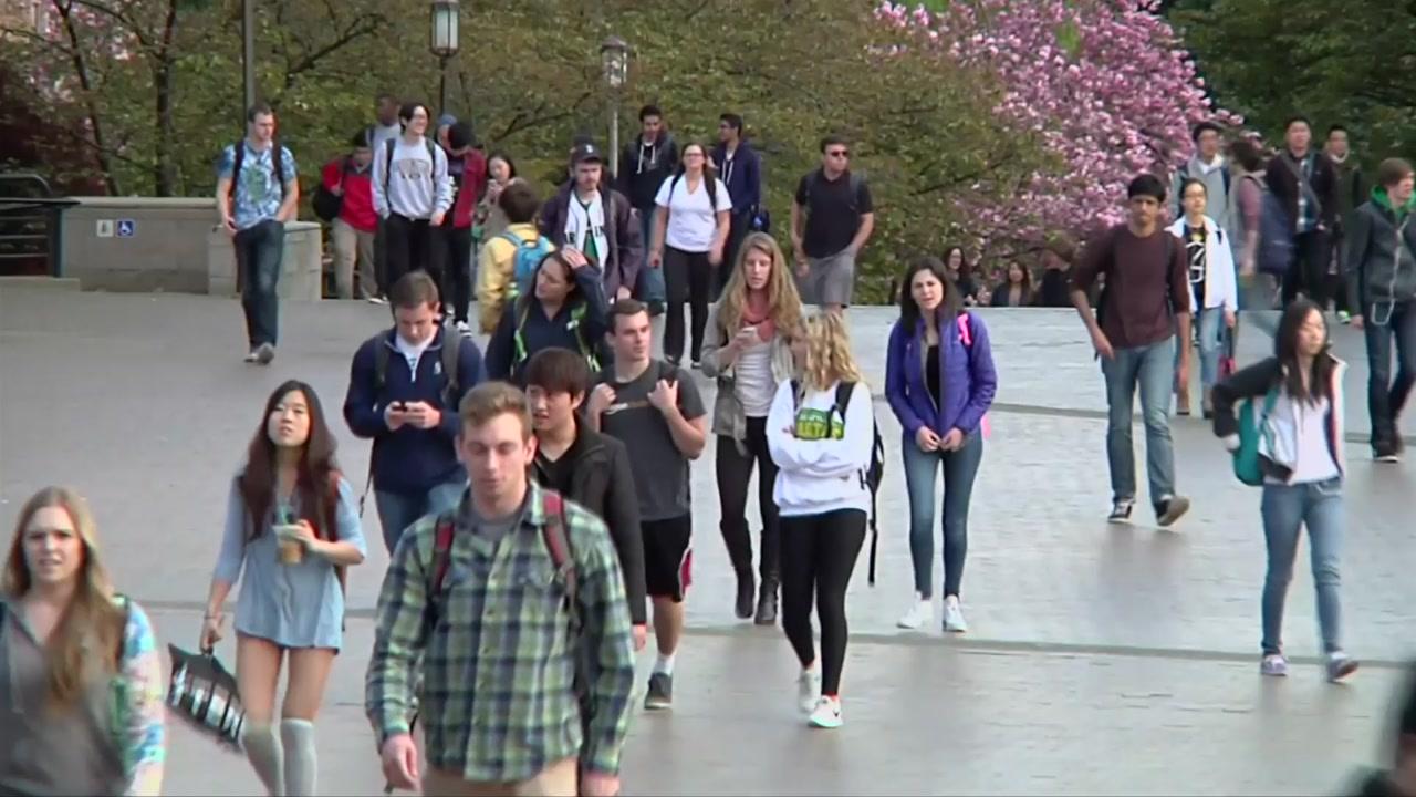 美, 온라인 수업만 듣는 외국인 유학생에 출국 조치