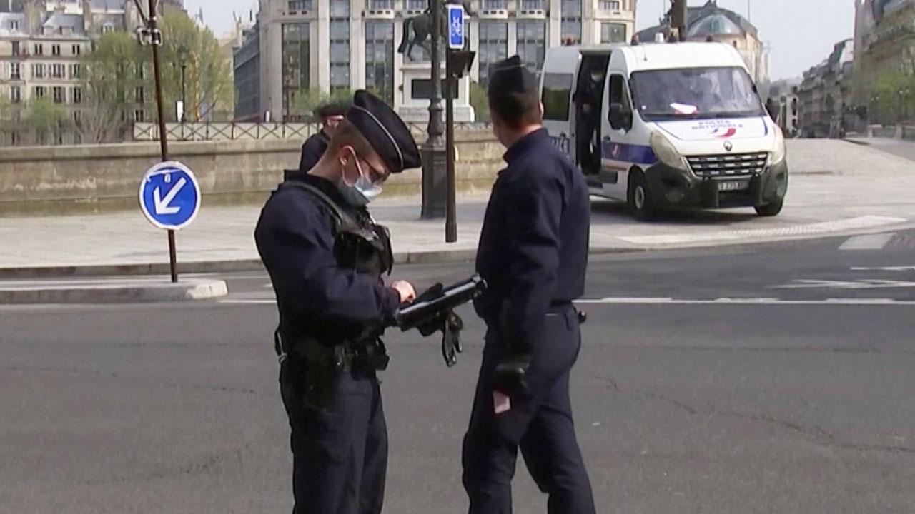프랑스서 20대 한국 유학생 인종차별 받고 흉기에 찔려...3명 체포