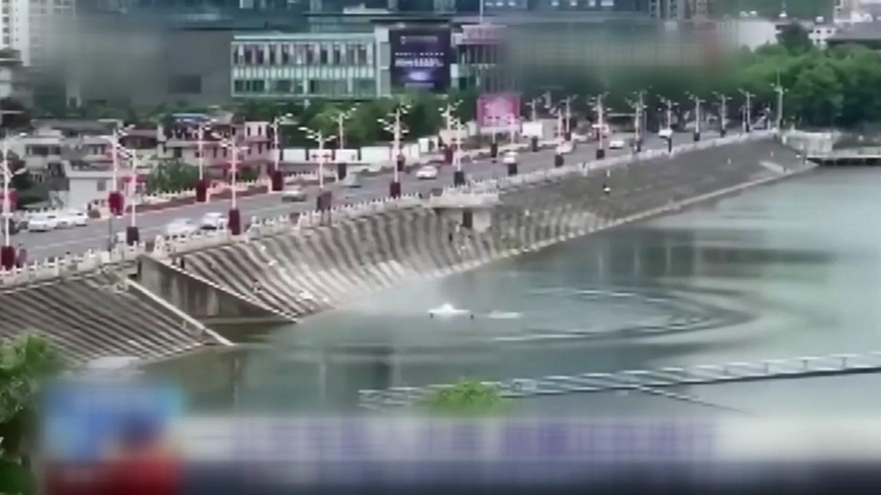 중국 '21명 사망 버스 참사'는 집 철거된 운전사 분풀이