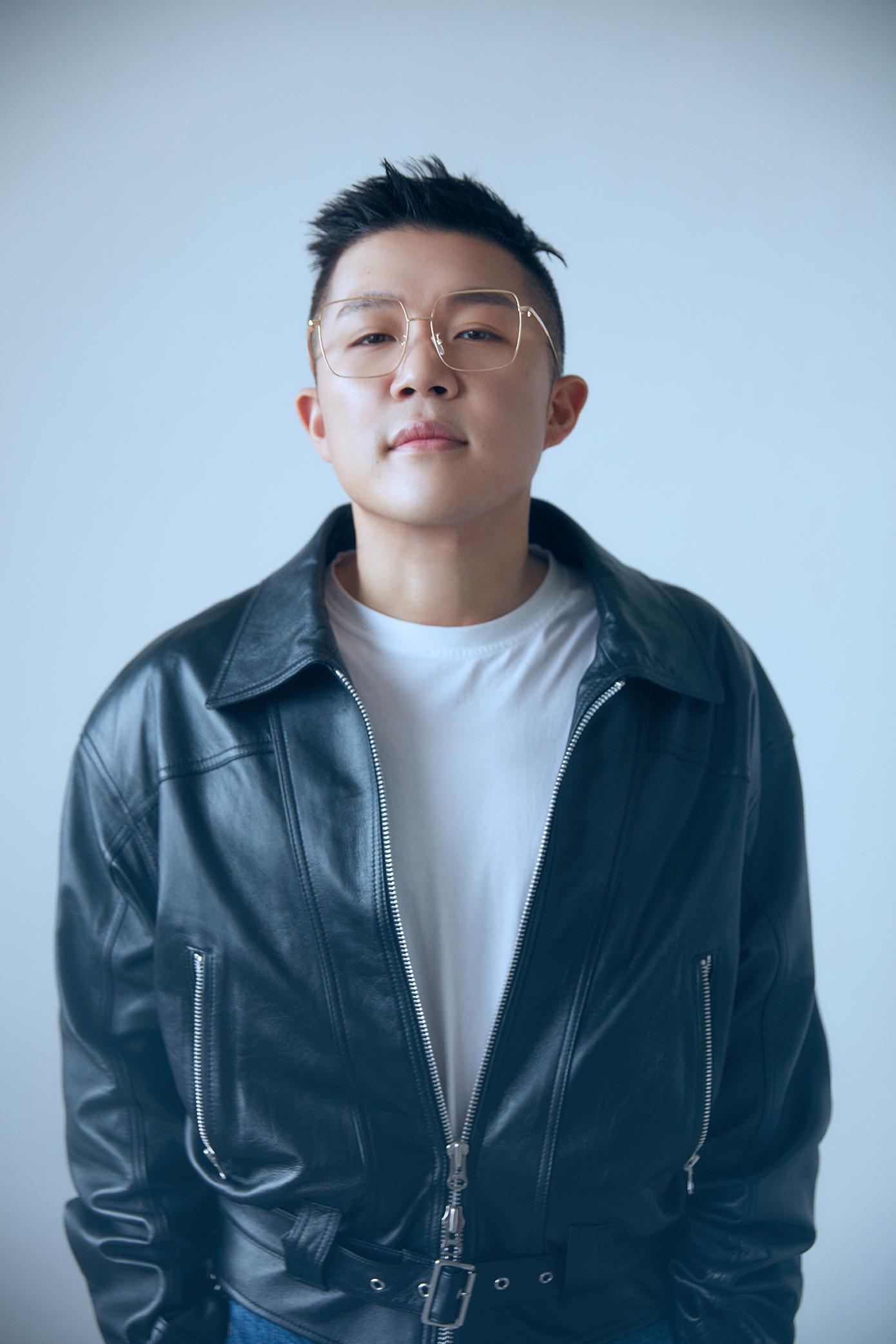 \'16kg 감량\' 조세호, 새 프로필 사진 공개