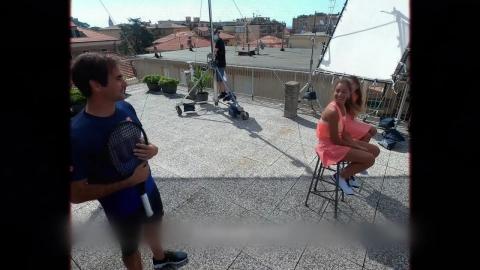 페더러와 '지붕 테니스'…코로나야 가라!