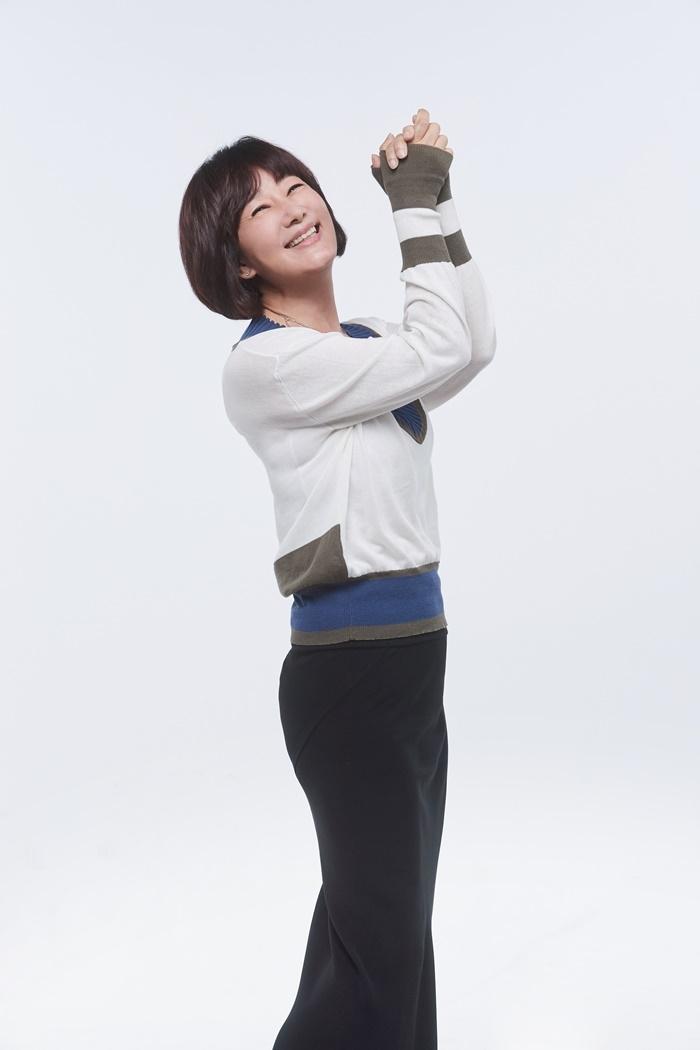 33년 라디오 MC 경력 김혜영, KBS2 단독 진행 프로그램으로 복귀(공식)