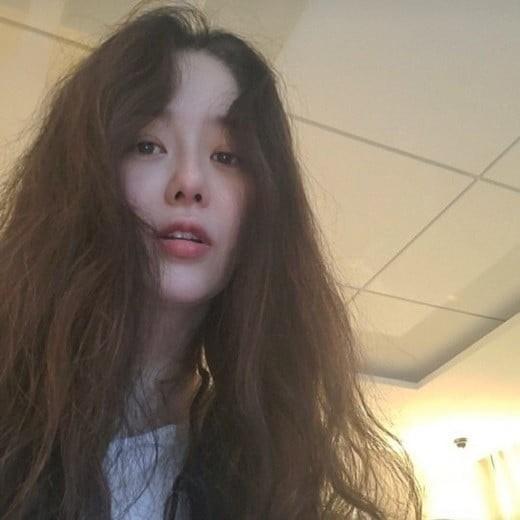 고현정, 근황 공개...세월 거스른 아름다운 미모