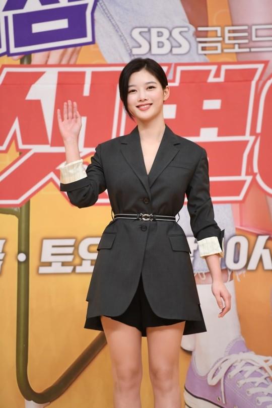 """김유정, 싸이더스HQ와 전속계약 만료 """"재계약 논의 중"""""""