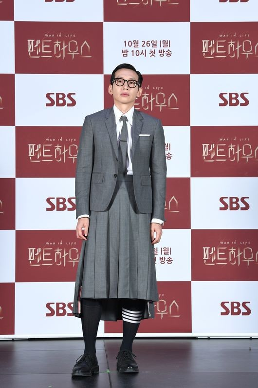 """봉태규 """"치마, 선 넘는 것 아냐...남자도 입을 수 있어"""""""