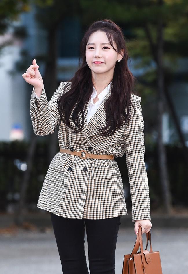 """[직격인터뷰] 송하예 """"가수, 음악 좋아서 시작...대중과 더 소통할 것"""""""