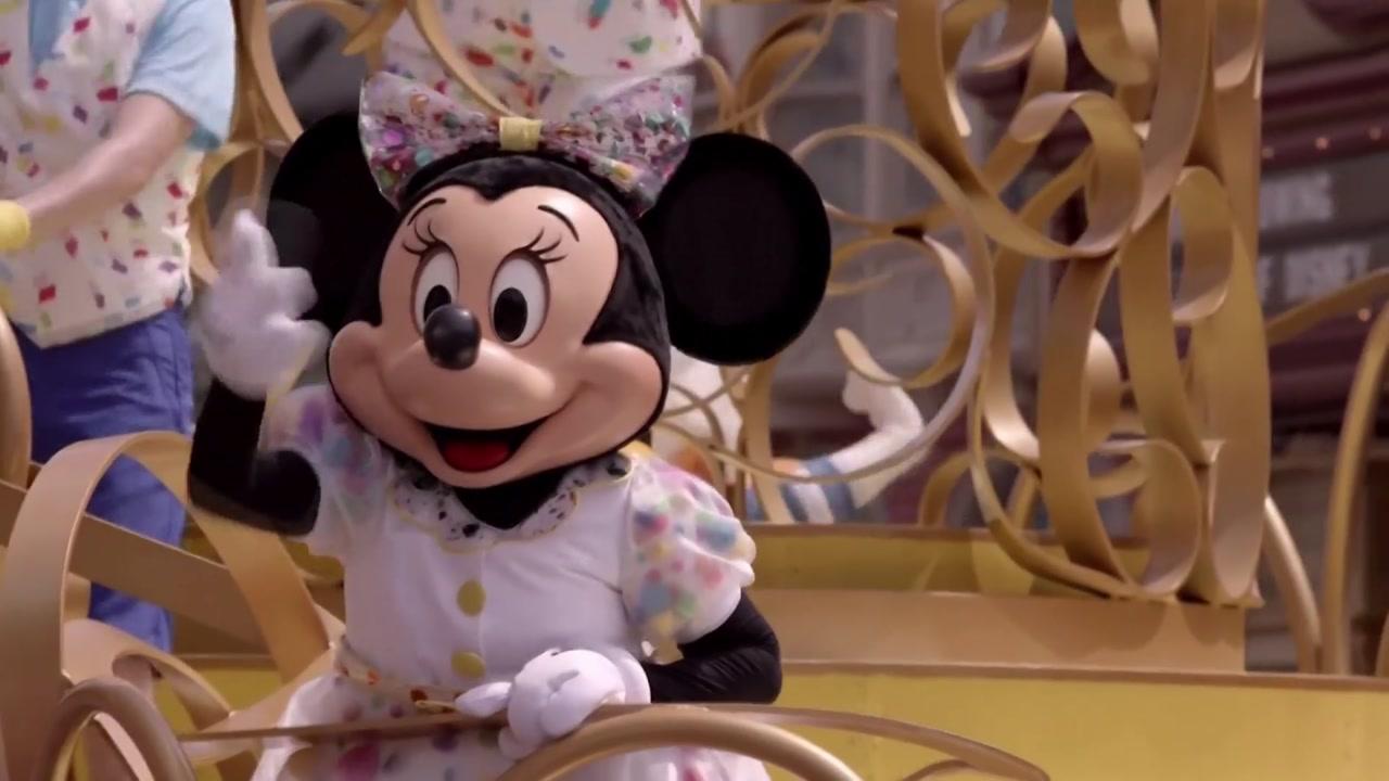 디즈니, 내년 상반기까지 테마파크 직원 3만2천 명 해고