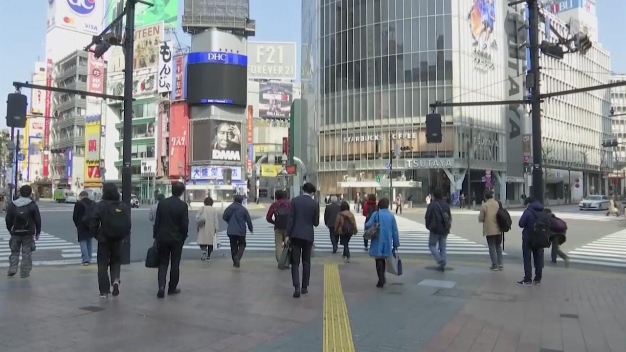日 신규 확진자 또 최다...1,2차 유행보다 못한 정부 대응 의문