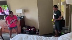 선수 72명 호텔방 격리...호주오픈 코로나 직격탄