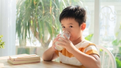 우유 안 마시는 초등학생, 칼슘 부족 위험 16배↑