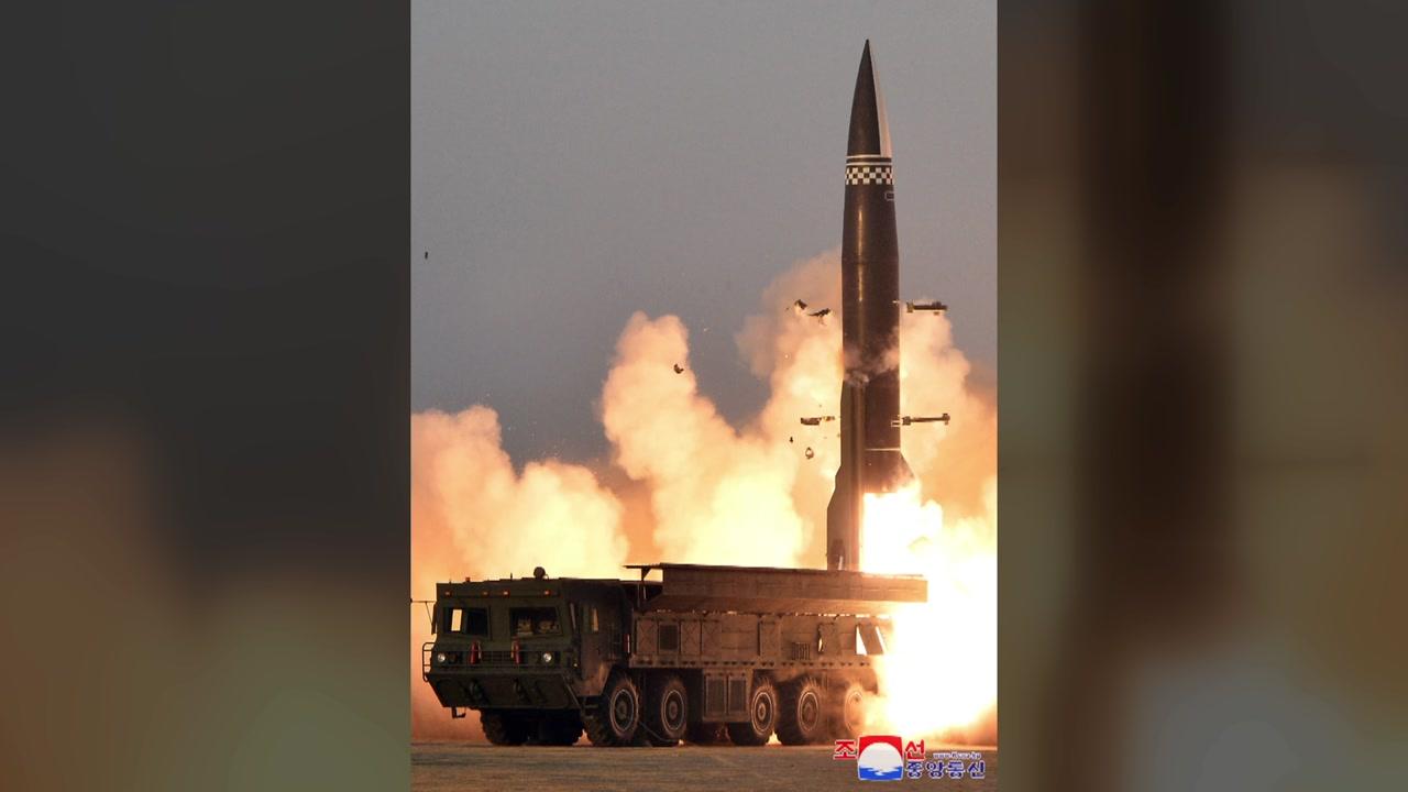 """[정치]북한, """"600km 목표 달성""""새로운 전술 유도 미사일 발사 확정 …"""