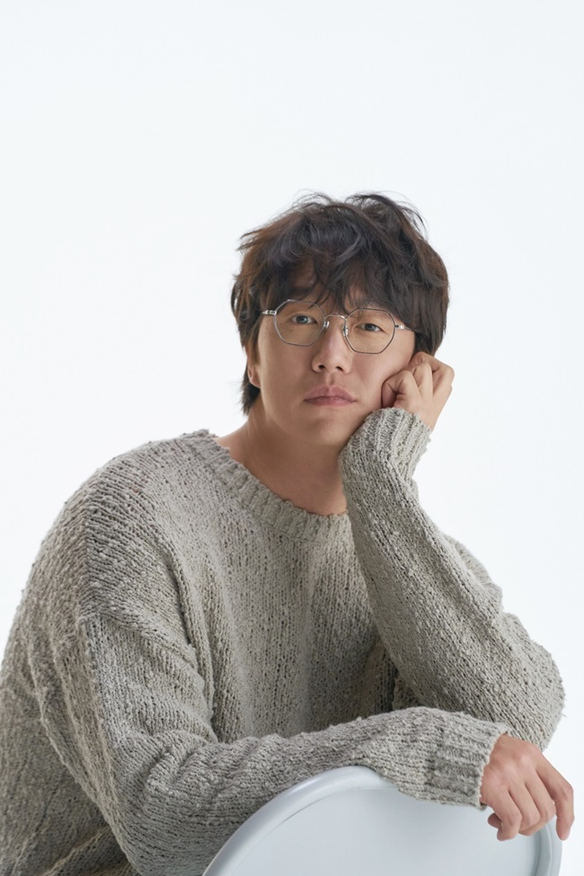 성시경, 21일 정규 8집 \'ㅅ(시옷)\' 발매 확정...10년만 (공식)