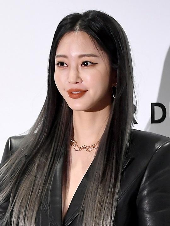 '10살 연하와 열애' 한예슬, '굿바이 로맨스' 출연 확정 (공식)