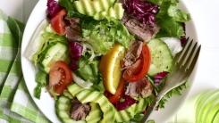 """식중독 환자 67% '오염된 생채소' 원인...""""깨끗이 씻어 바로 먹어야"""""""