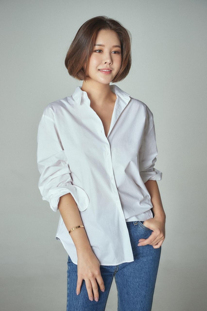 """박은지 측 """"임신 4개월, LA서 태교 중…11월 출산 예정"""" (공식입장)"""