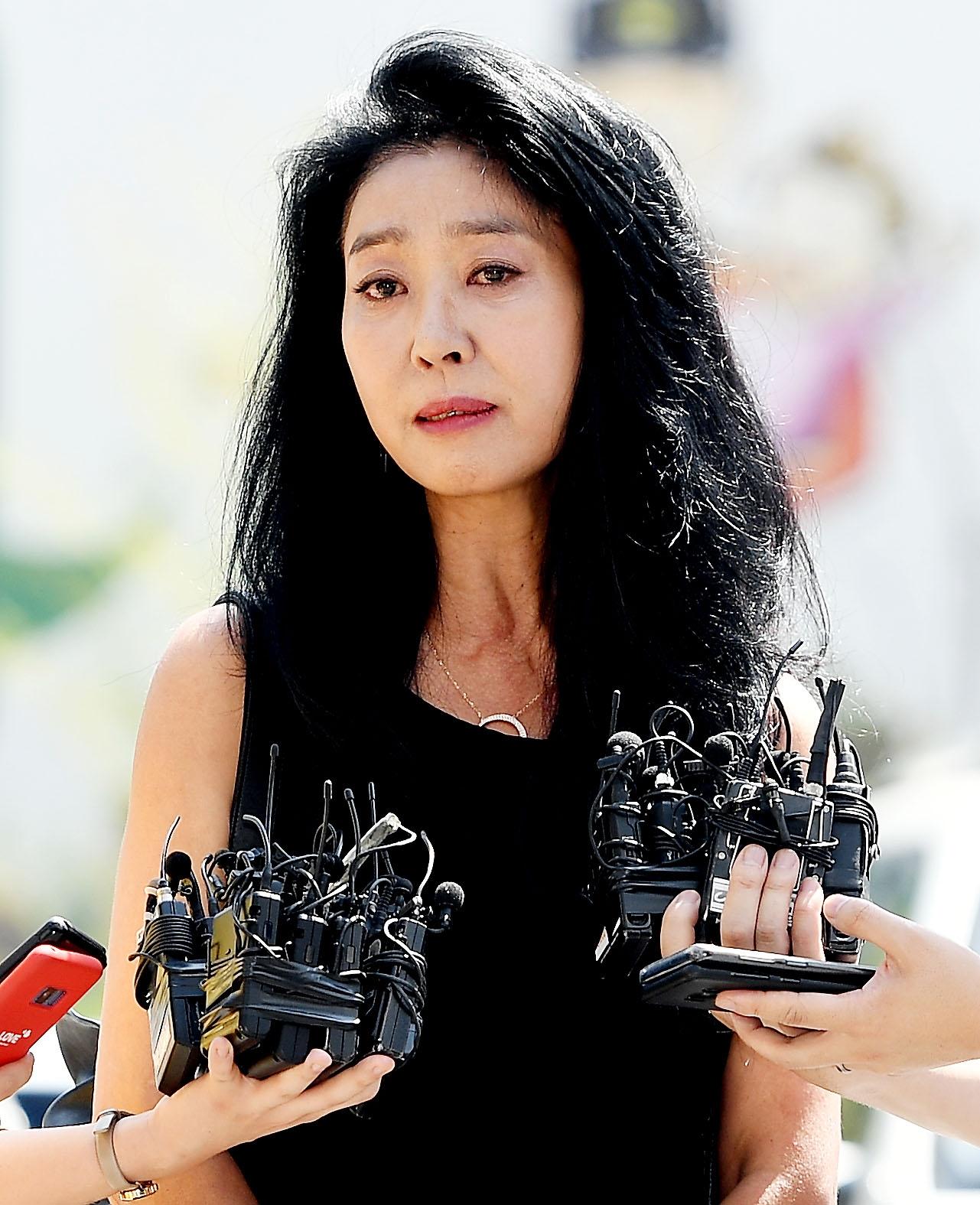 """김부선 """"정치적 발언 하지 않을 것""""… 배우 복귀 예고"""