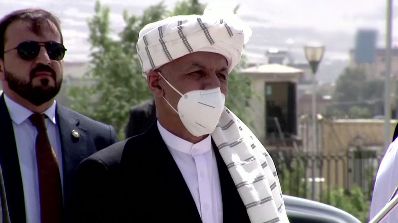 차 4대에 현금 싣고 도주한 아프간 대통령...행선지 묘연