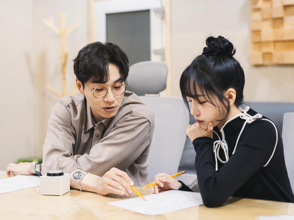 조유리, 첫 공식 활동 시작…23일 SG워너비 이석훈과 듀엣곡 발매
