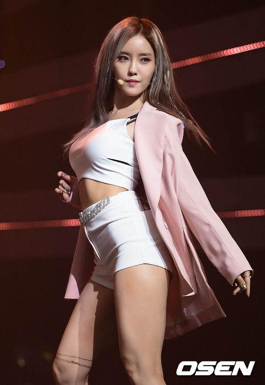 「Hyomin 효민  gif」的圖片搜尋結果