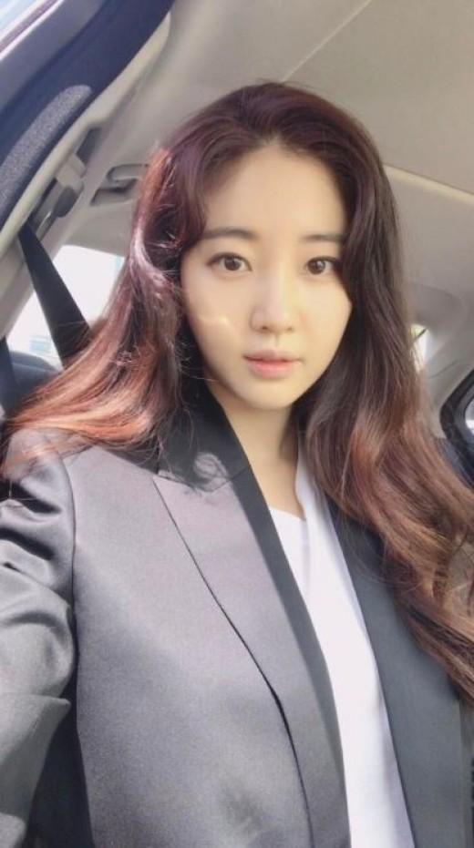 """""""초동안 여신""""...김사랑은 러블리"""