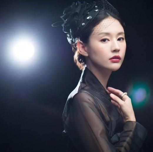 """""""블랙 스완""""...서유정, 예비신부의 아름다움"""
