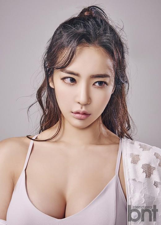 """'머슬퀸' 이연화 """"가슴 성형NO…5cm 패드 항상 소지""""_이미지"""