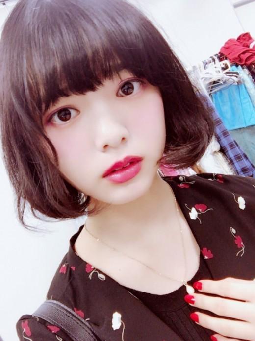日 걸그룹 케야키자카46, 실신 사태 이어 센터 부상 '악재'_이미지
