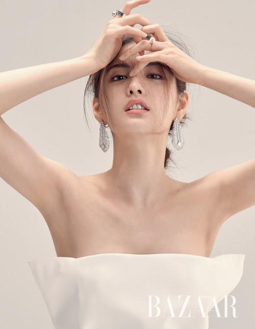 """나나 """"패션, 여성 아름답게 만들 수 있는 유일한 방법"""""""