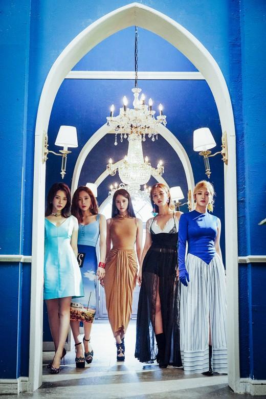 5인조 축소, 파워는 여전…역시 소녀시대 _이미지3