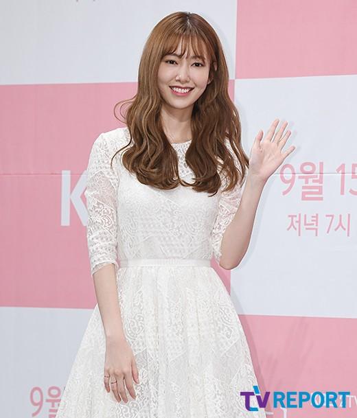 나혜미 '청초한 미소'_이미지